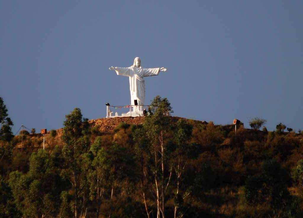Cristo Blanco - Lugares turísticos para visitar en Cusco